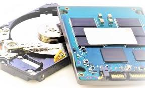 Внутренности HDD и SSD